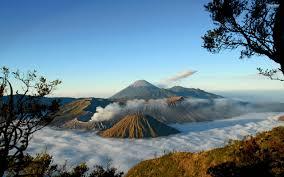 Paket Wisata Bromo,Wisata Kawah Gunung Ijen Malang Batu Jawa Timur