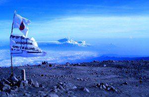 Paket Pendakian Gunung Semeru Trekking Bromo Tour