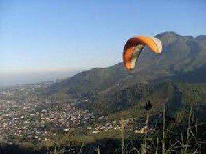 Wisata Paralayang Batu Malang Jawa Timur