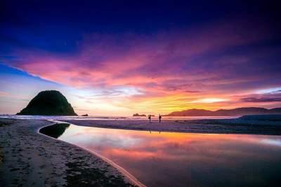 Image result for pantai merah banyuwangi